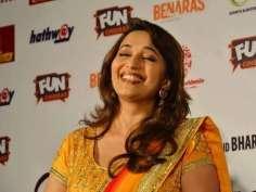 Beautiful Madhuri visits Bhopal to paint it Gulaabi