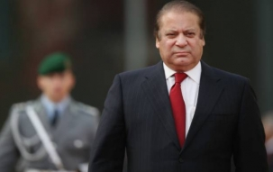 Pak PM Nawaz Sharif to consult cabinet amidst clamour for resignation