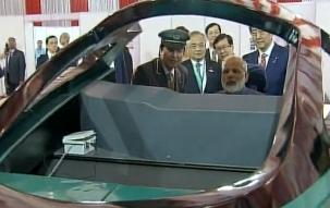 PM Narendra Modi and Japan's PM Shinzo Abe at Bullet Train Simulator