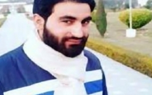 Nation View: Photograph of student of AMU Mannan Wani with AK-47 goes viral