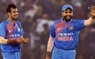 Stadium| Ind vs SA, 2nd ODI: South Africa all out for 118, collapse to wrist spin