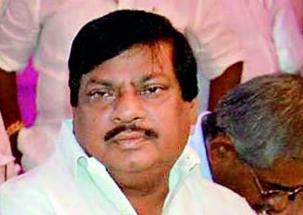 TDP MP Shivaprasad dresses as schoolboy in Parliament to demand special status to AP