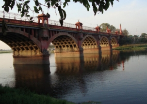 Gomti River front case: ED registers money laundering case against seven engineers