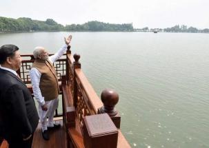 Super 50: China welcomes PM Narendra Modi with Rishi Kapoor's 'Tu hai wahi'