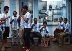 Stadium: Kolkata tea-seller paints house in Argentina's blue-white colours; a die-hard fan of Messi