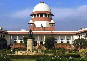 CBI officer probing FIR against Special Director moves Supreme Court