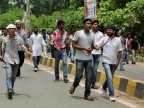 NSUI activists protest outside CM's residence in Bhopal