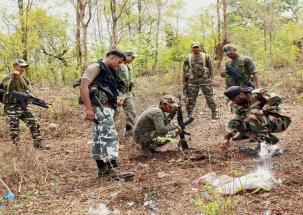 4 BSF jawans killed in encounter with Maoists in Chhattisgarh