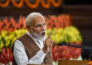 We will now begin a new journey to build a new India: Modi