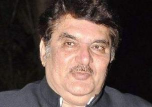 Raza Murad in MP to congratulate Congress