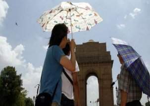 Summer arrives in Delhi with record temperature in March