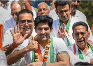 Express 5 years' anger, vote in large numbers: Cong's Vijender Singh