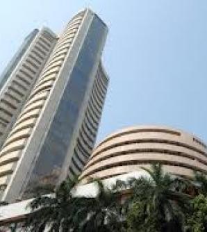 Sensex tanks 368 points; bank stocks plunge