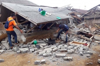 Indonesia records 200 earthquake shocks every month