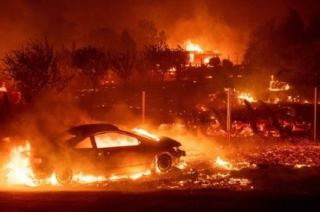 California fires: Death toll jumps to 31, search for the missing continues