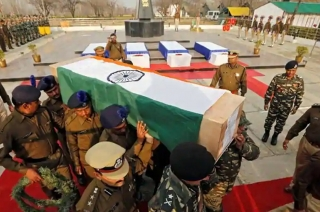 Pulwama attack: Wreath-laying ceremony of CRPF jawan in Dehradun
