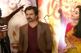 Watch: Nawazuddin Siddiqui, Amrita Rao share their 'Thackeray' moments