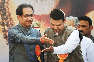 Maha Opinion Poll: BJP-Sena to loss seats, Cong-NCP may improve tally