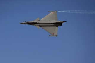 Aero India 2019: Thrilling visuals of flypast by Rafale in Bengaluru