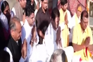 Question Hour: Pushkar priest says Rahul Gandhi's gotra is 'Dattatreya'
