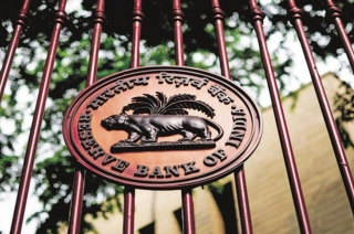 RBI scraps charges on RTGS, NEFT transactions: Key announcements