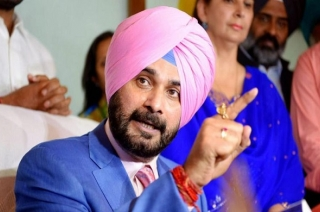 Noisy scenes in Punjab Assembly over Sidhu's remarks on Pulwama attack