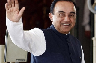 Sonia, Rahul also on bail, why questioning Sadhvi Pragya only: Swamy