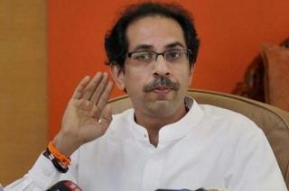 Uddhav Thackeray offers prayers to Ram Lalla along with Shiv Sena MPs