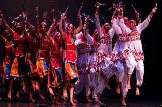 Gujarat celebrates Navratri with traditional Garba
