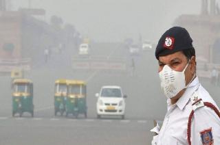 New Delhi: Air quality continues to drop