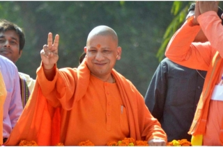 Yogi Adityanath resumes election campaign after EC ban expires