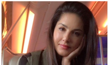 Sunny Leone without any makeup will make you want to go all 'au-naturel' this Summer