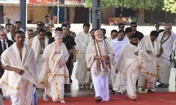 PM Modi offers prayer at Sri Krishna Temple in Guruvayur in Kerala's Thrissur