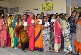 LS Polls: Delhi sees dip in polling percentage, Bengal tops with 80%