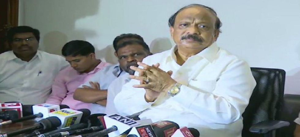Karnataka: Suspended Congress leader Roshan Baig to join BJP, to resign from MLA post
