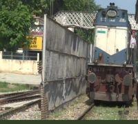 Pakistan 'permanently' stops Samjhauta Express train services, bans Bollywood movies