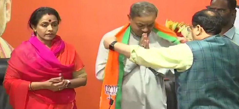 Former Congress Rajya Sabha MP Sanjay Sinh, wife Amita Sinh join BJP