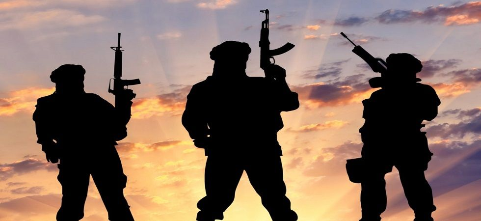 Suspected terrorists kill member of nomadic community, abduct another in Kashmir's Pulwama